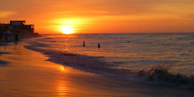 Perú Romantico Y Sus Playas
